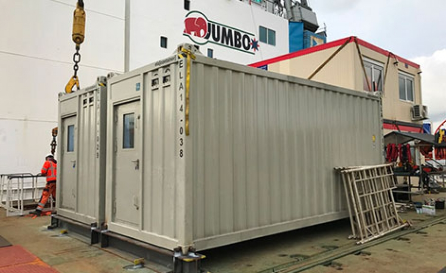 "ELA Container Offshore Delivers Offshore Living Quarters to Jumbo ""Fairplayer"""