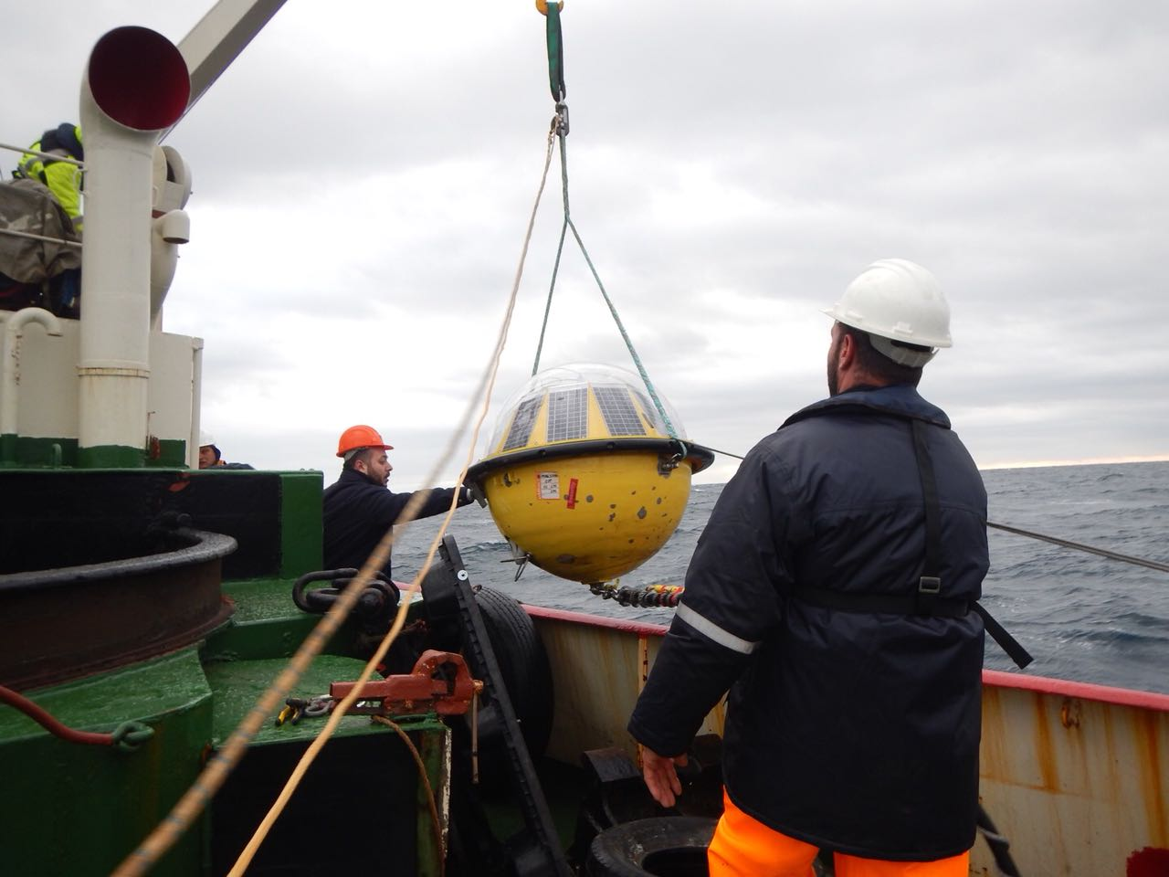 4 Deployment of wave buoy